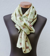 Load image into Gallery viewer, Botanically printed scarf Small