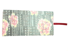 Kimono Journal Gray, Pink Flowers Red Band|着物ノート 灰色 ピンクの花&赤ゴム