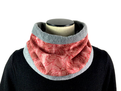 Neck Warmer Scattered Petals