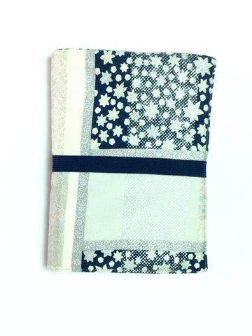 7″×5″ Book Cover Navy&Pastel With Navy Band|B6ブックカバー  紺 小花柄&紺ゴム