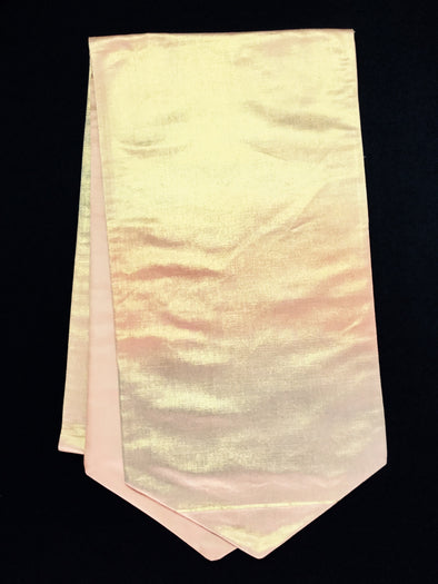 Table Runner Peach Metallic 002