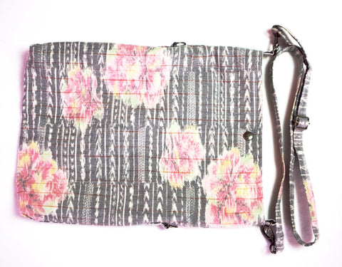 Light Grey with Pink Floral Design Fold over Bag|灰色 ピンクの花 2wayショルダーバッグ