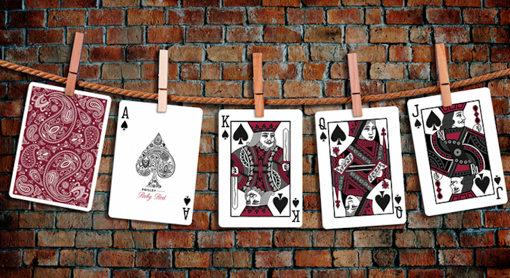 Red Paisley Playing Cards - Markt 52