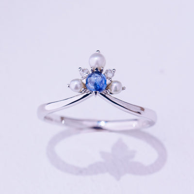 Snowflakes | Natural Sapphire, Tiny Pearl & Diamond 18kt White Gold Ring