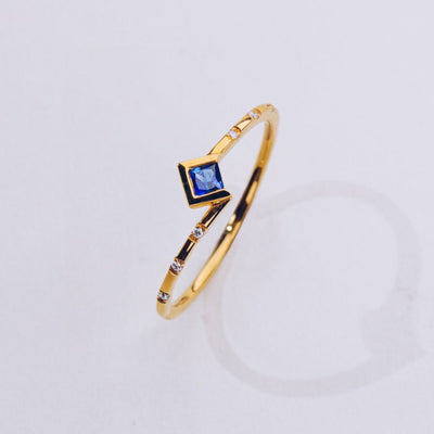 UTOPIA | Natural Coloured Sapphire & Diamonds 18kt Gold Ring