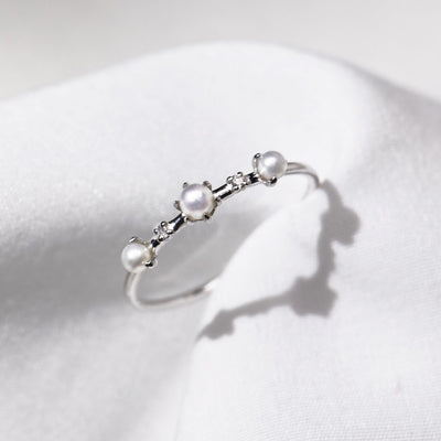 DEW | Natural Diamond & Tiny Pearl 18kt Gold Stacking Ring