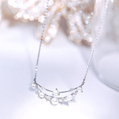 DEW | Natural Diamond & Tiny Pearl 18kt Necklace (Small)
