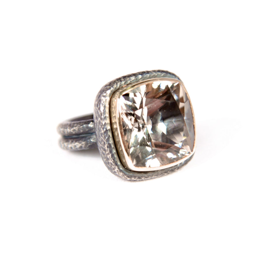 CHAMPAGNE QUARTZ COCKTAIL RING