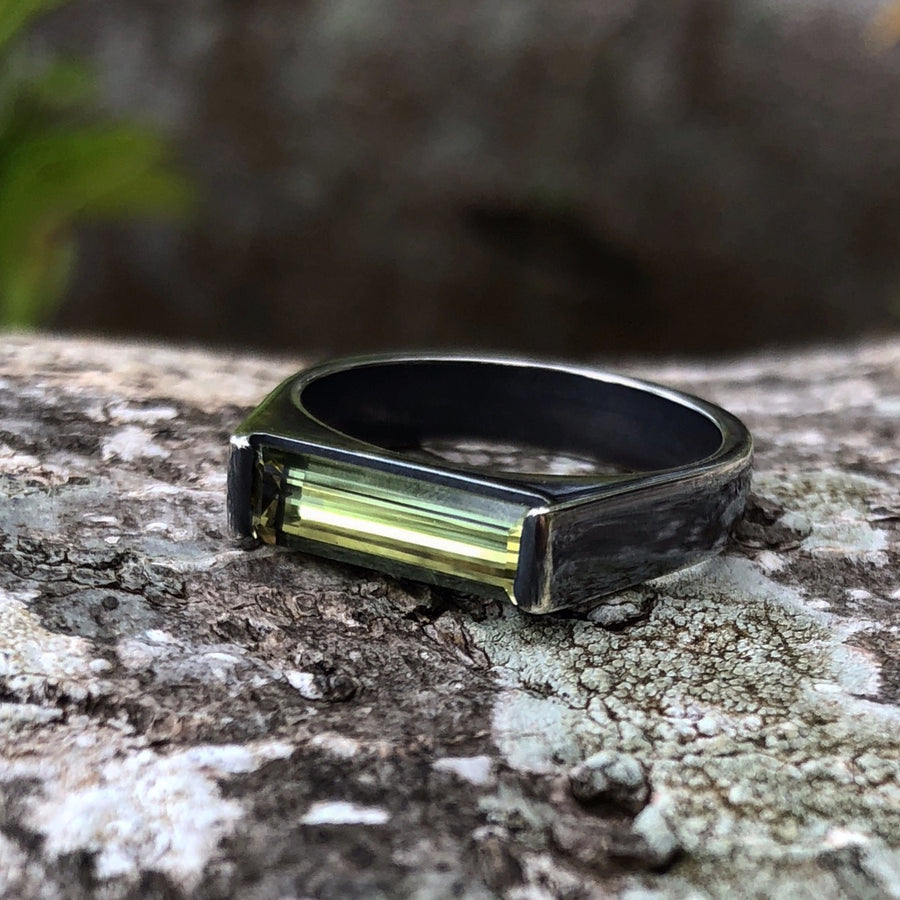 TOURMALINE SLIM BAR RING