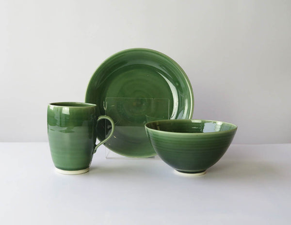 Set of three Mug, Bowl and Plate in Moss Green
