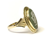 Preowned Yellow Gold Wedgewood Green Cameo Ring