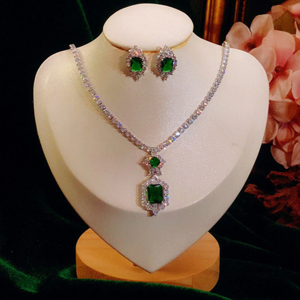 Wedding Jewelry Sets 925 Sterling Silver Stud Earrings Necklace Luxury Accessories for Bridal Party Green CZ Stone
