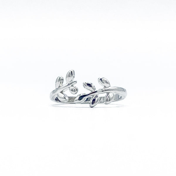 White Leaf Adjustable Ring