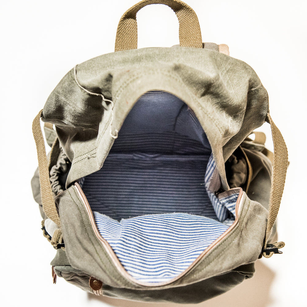 Load image into Gallery viewer, Travel Carry-On Backpack