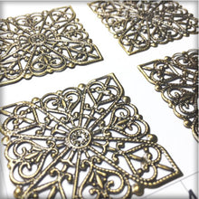 Load image into Gallery viewer, CH015 Filigree Square #1