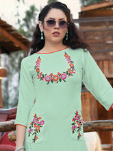 Load image into Gallery viewer, Light Green Kurta with Printed Pants