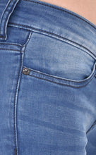 Load image into Gallery viewer, Blue Stretch Jeans