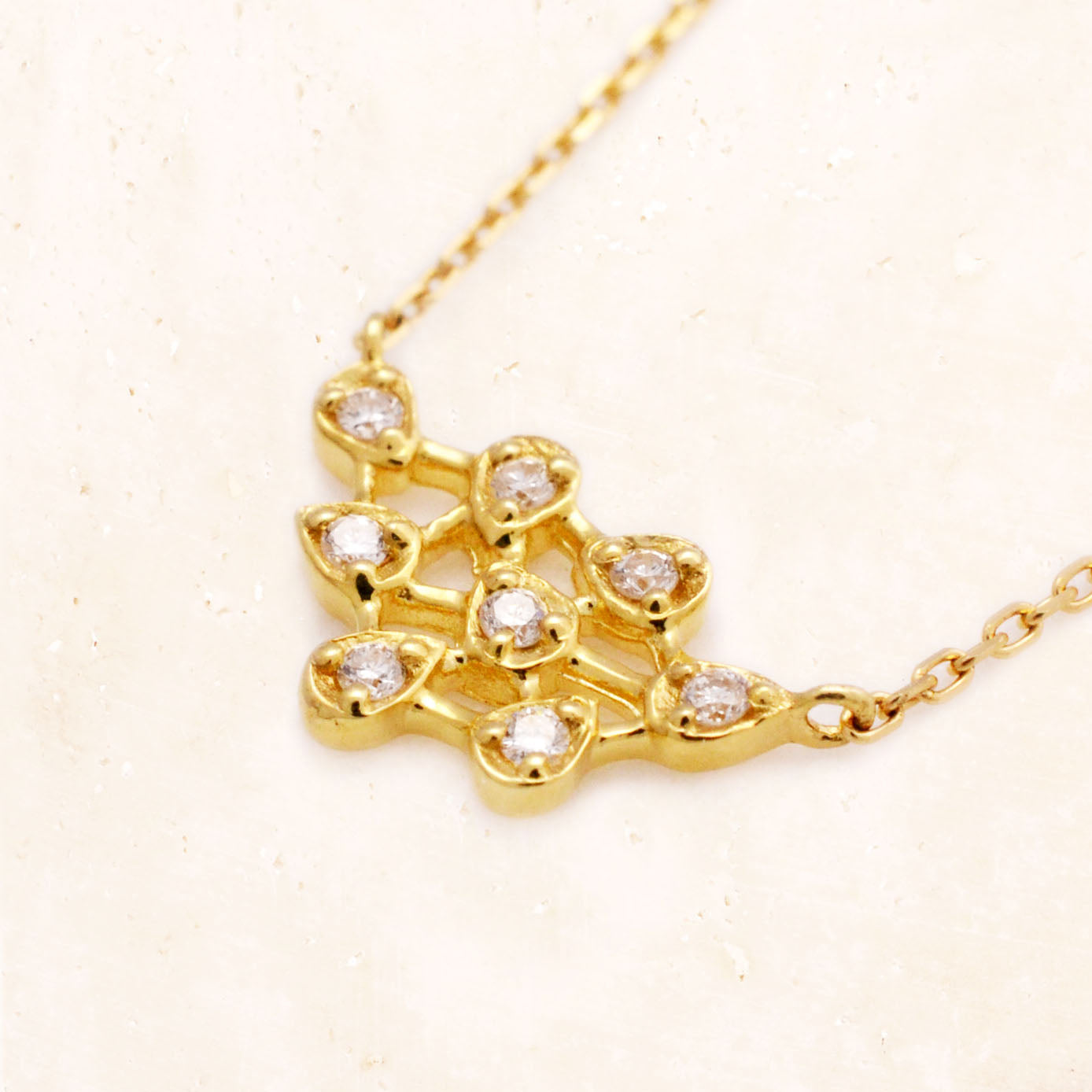 18K Yellow Gold Lacey Leaves Diamond Necklace