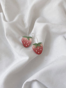 Strawberry Hoops