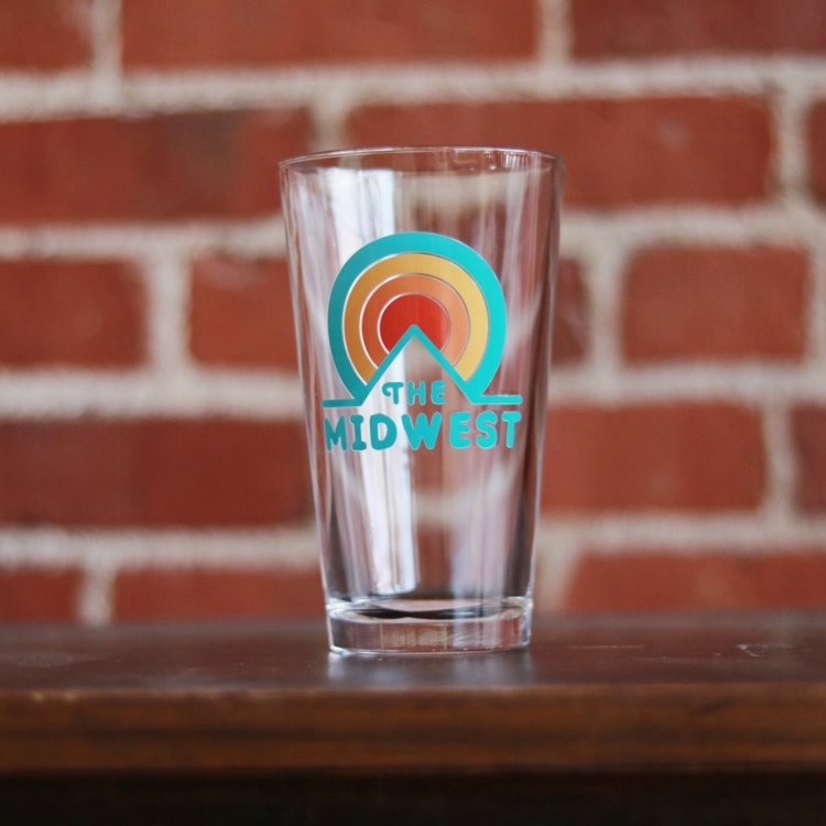 Midwest Sunset Circle Pint Glass