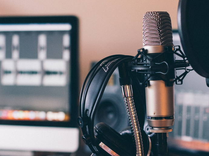 7 Podcasts to Boost your Creative Practice