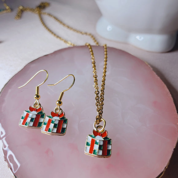 Holiday Gift Necklace and Earrings Set