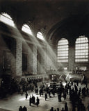 Holiday crowd at Grand Central Terminus