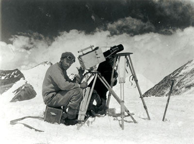 J.B. Noel kinematographing the ascent of Mt. Everest from Chang La