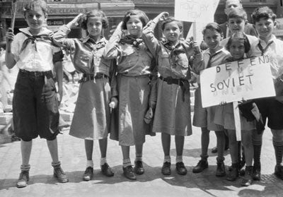 Children at organized event in defence of the Soviet Union, New York