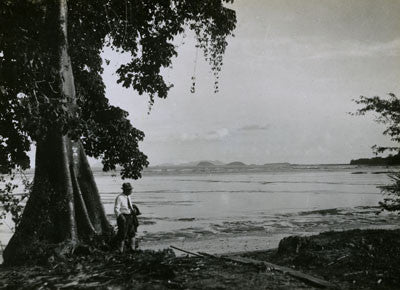 The beach, Old Panama