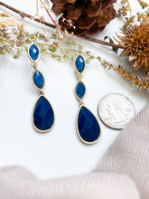 Load image into Gallery viewer, Drops of Rain Earrings