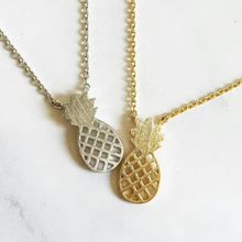 Load image into Gallery viewer, Pineapple Necklace