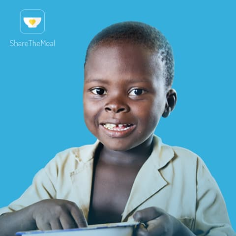 Tokyo Snack Box is donating one meal to ShareTheMeal for every box that is purchased