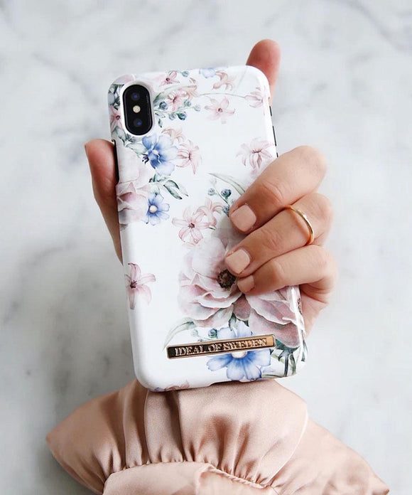 Fashion Back Case Floral Romance voor iPhone Xr iDeal of Sweden