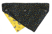 Load image into Gallery viewer, FuzzYard Monkey Mania Reversible Bandana