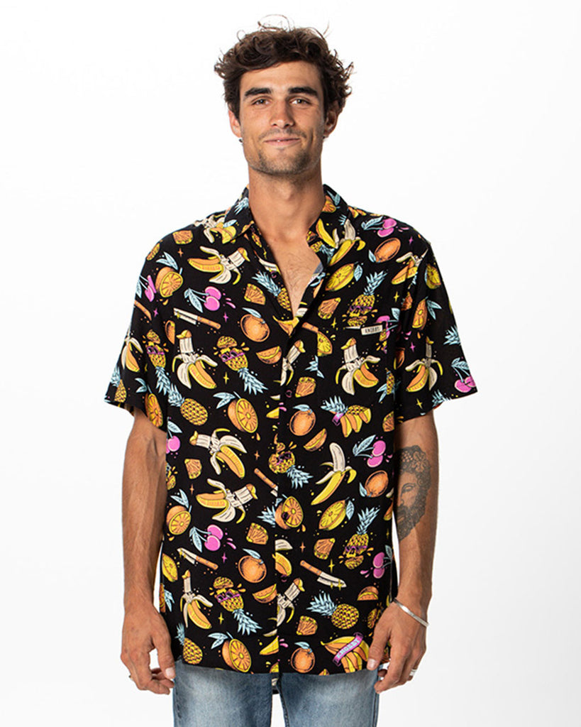 Men's Pineapple Pack / Party Shirt / Snapback / Stickers