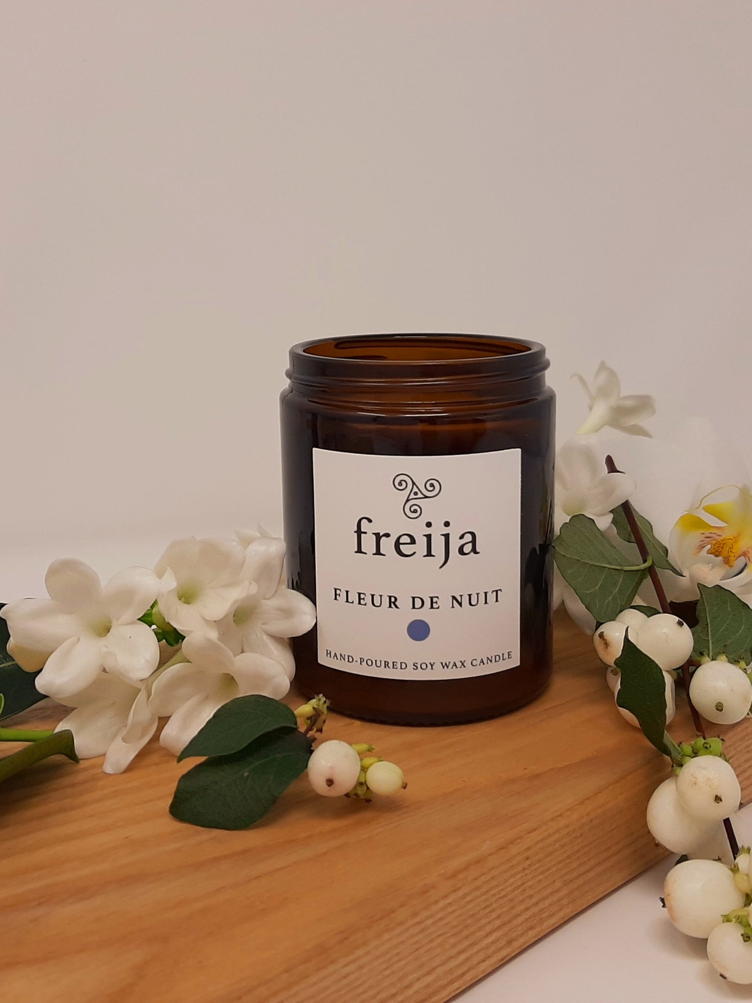 Scented Soy Wax candle in amber glass jar. Jasmine bergamot and neroli fragrance. 100% natural