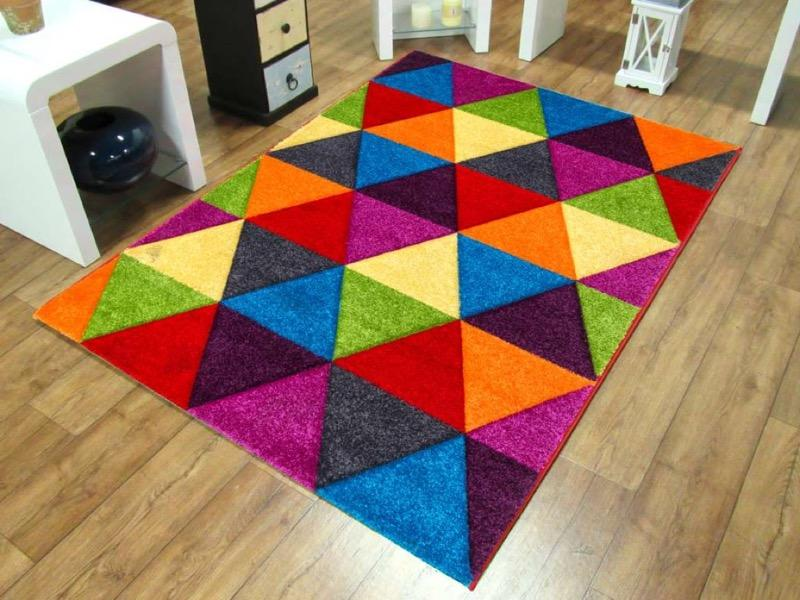 Candie Triangle Rugs