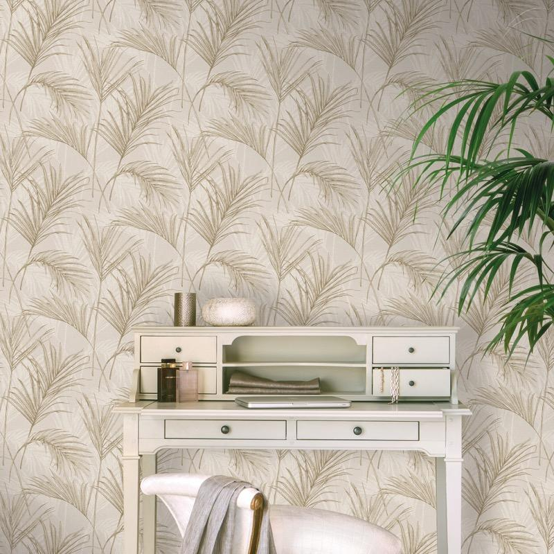 MY204404g 'Easy hang' paste the wall, matt vinyl with a beautiful palm leaf design.