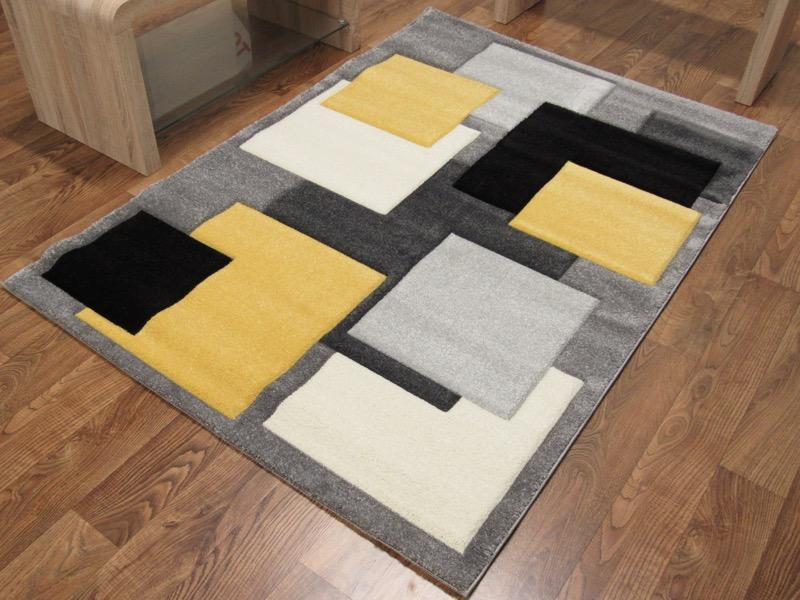 Tempo Square Yellow