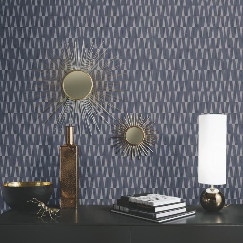 n100600137e Fabulous modern paste-the-wall geometric wallpaper with glitter detail in deep black.