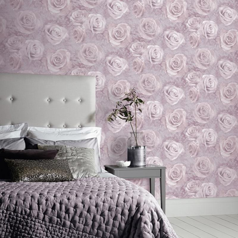 w62388302a Gorgeous feature floral design with roses on a lilac background.
