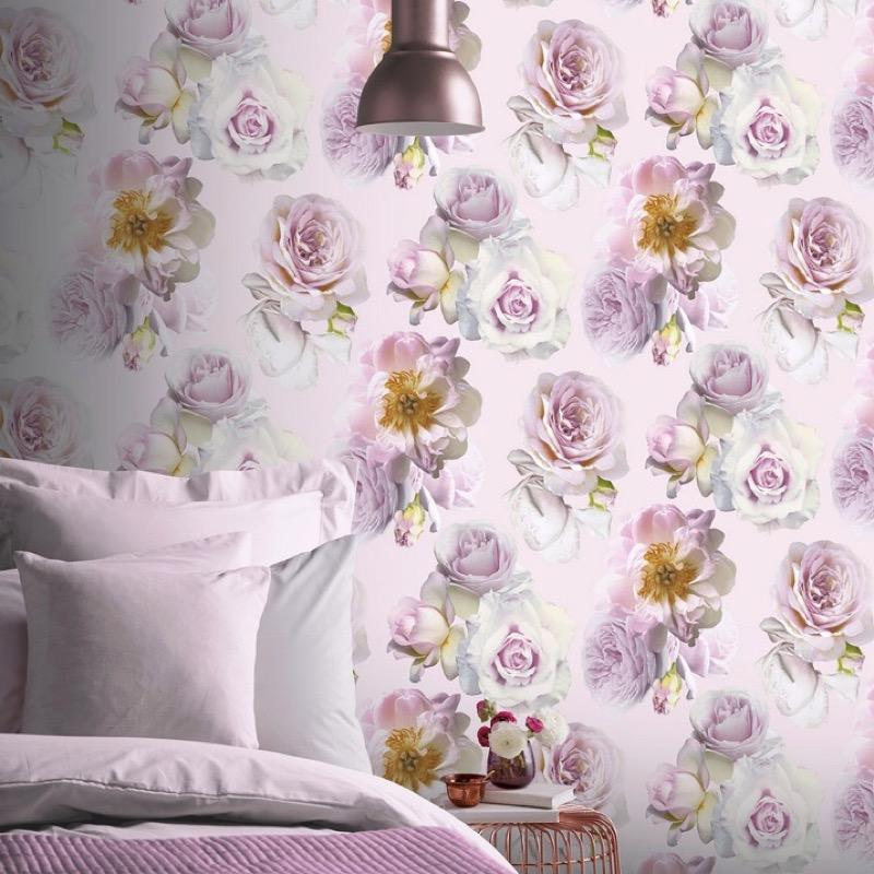 w90288906a Dramatic 3-D flower wallpaper in gorgeous delicate pinks.