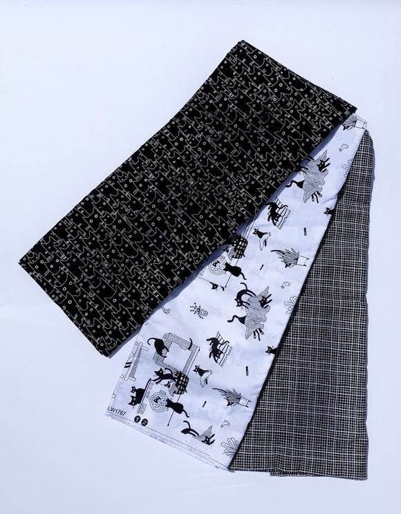 Le Chat Black and White 3 Yard Quilt Bundle