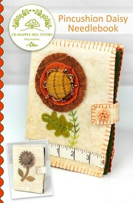 Pincushion Daisy Needlebook