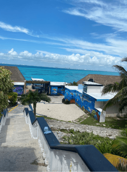 Garrafón beach club, Hotel, and Restaurant - Isla Mujeres  - Excellent investment opportunity - Shirt King Shop