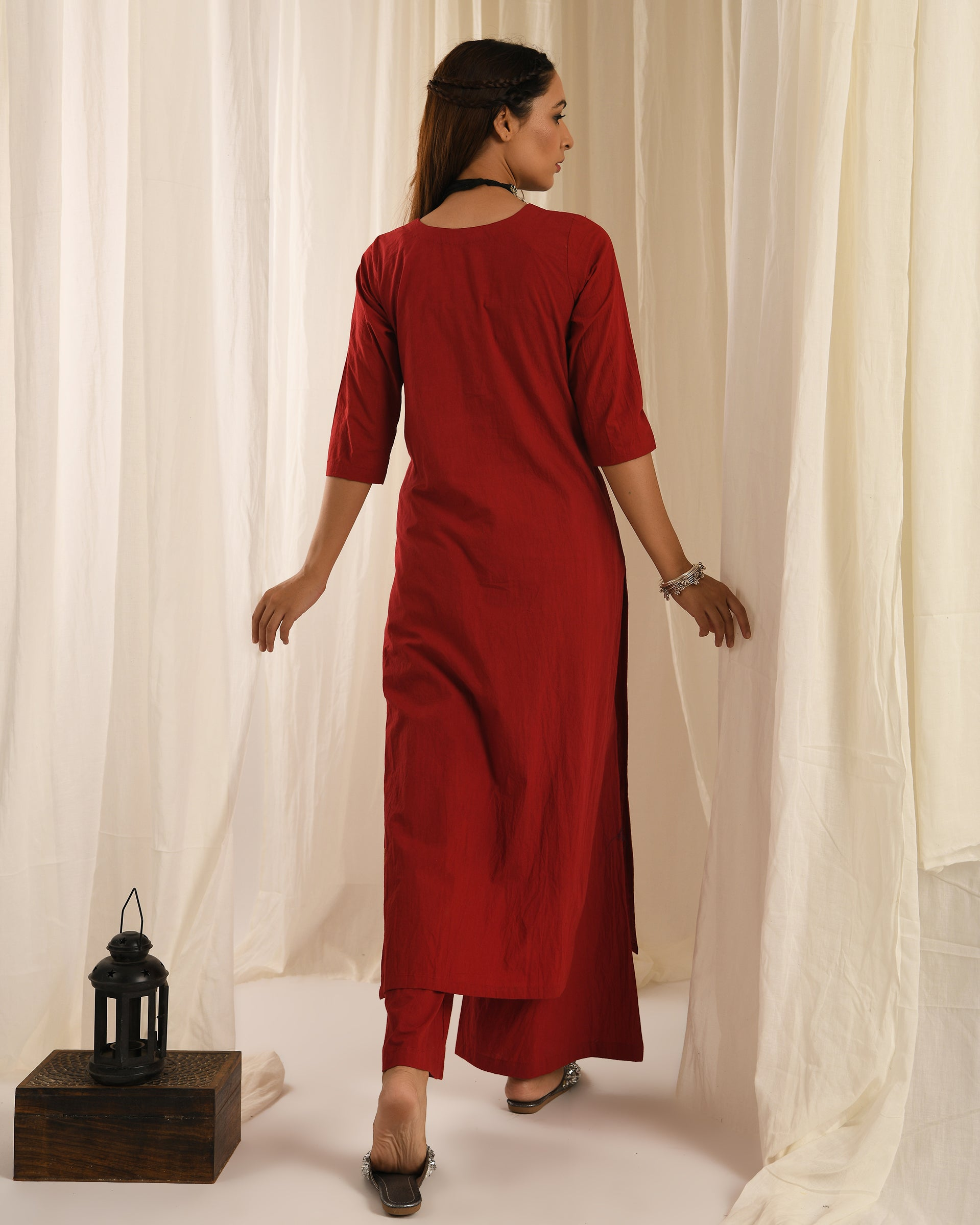 Red kurta set of 2
