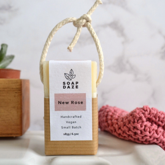 New Rose Soap On A Rope (185g) - Beautykind