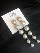 Load image into Gallery viewer, Pearl Droplet Earrings