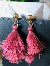 Load image into Gallery viewer, Pink ruffle earrings